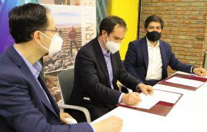 Sernageomin y Centro Nacional de Pilotaje firman acuerdoque permitirá validación de nuevas tecnologías en la minería